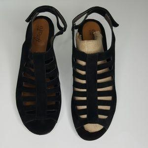 Sofft Euro Soft Black Vesta Heels